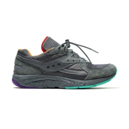 La collaboration de la sneakers original Saucony Aya Raised by wolves Asphalt Jungle la basket basic incontournable chez Atalante - Antibes