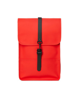 Le bag original Rains Backpack mini Red l'imperméable basic incontournable chez Atalante - Antibes