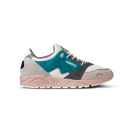L' iconique sneakers original Karhu Aria 95 white grey blue la basket basic incontournable chez Atalante - Antibes