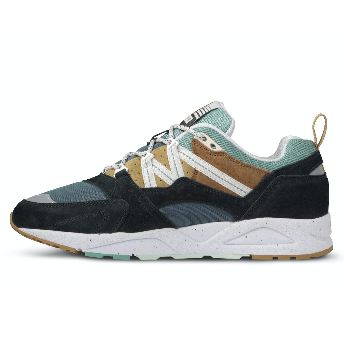 karhu-fusion-2-0-jet-black-pale-acqua-side-2