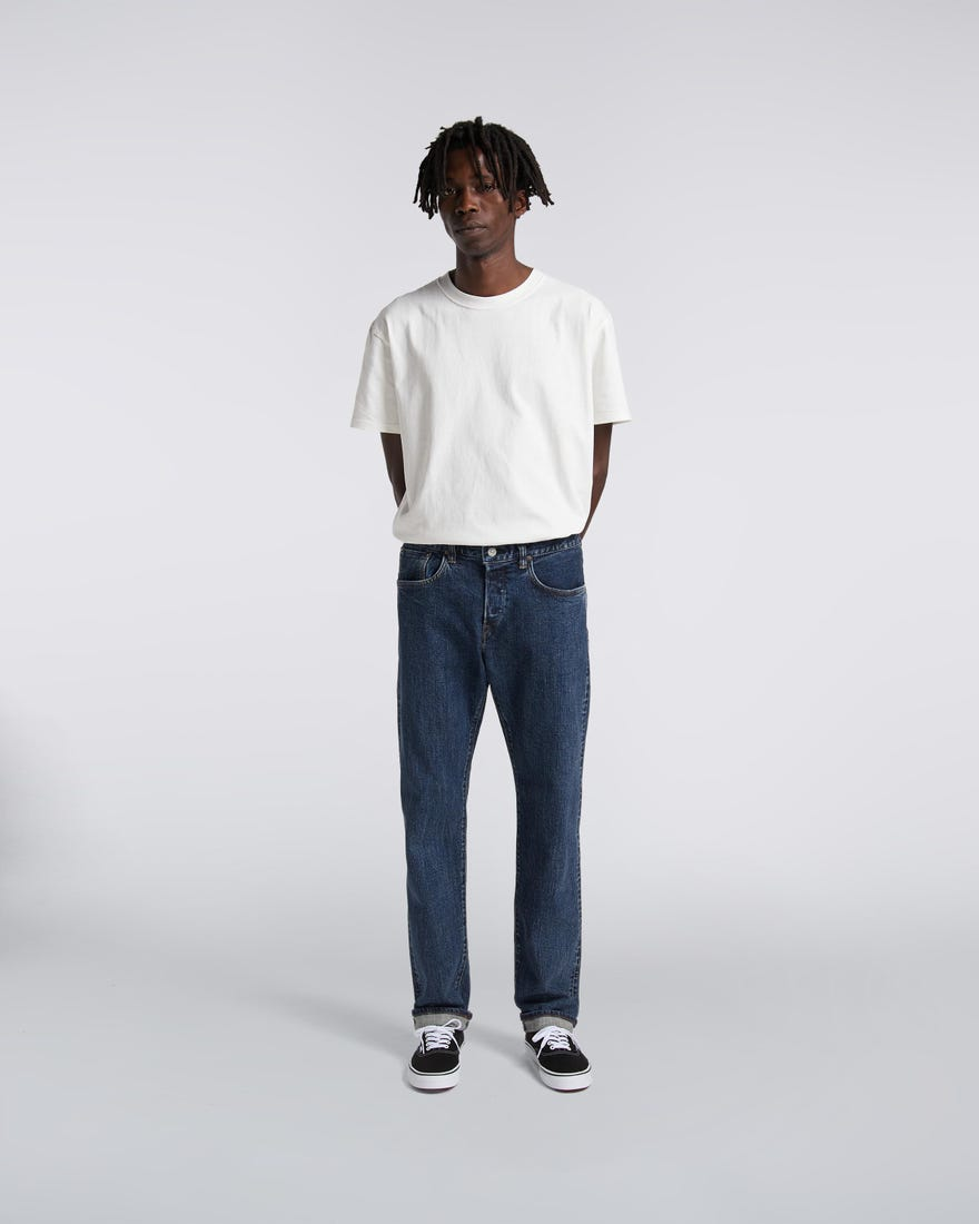 regular-tapered-jeans-blue-even-washed-mid-front-worn