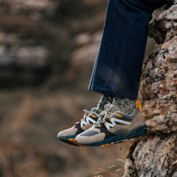 karhu-fuison-2-0-outdoor-peyote-bone-white